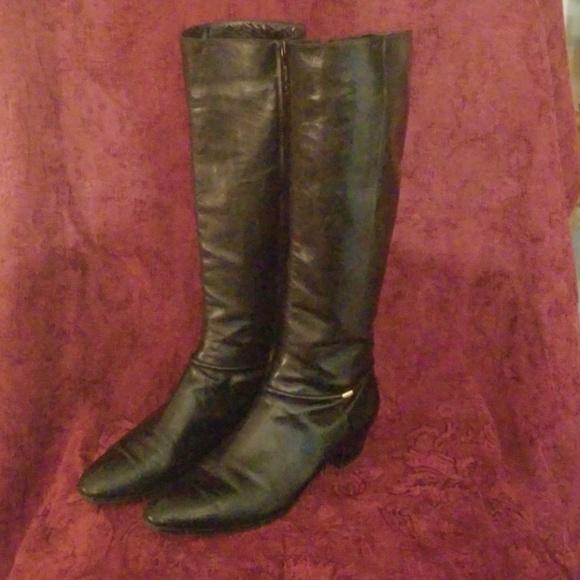 Salvatore Ferragamo Womens Boots